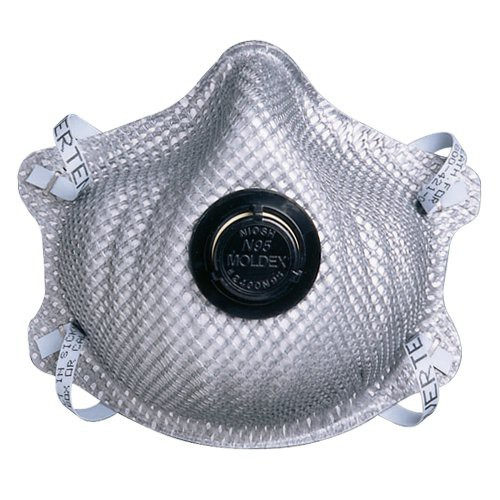 Includes exhalation valve to reduce hot air build-up.