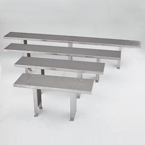 Stainless steel benches are available in 4 sizes.