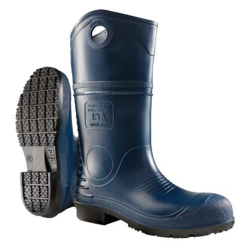Blue, DuraPro® Polyblend Upper boot is ideal for use in the poultry and pork industry where moderate chemical resistance is required.