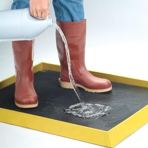 High-Wall Disinfectant Boot Dip Mat