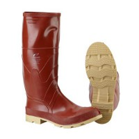 Dunlop 16-Inch Superpoly Boots with Cleated Sole