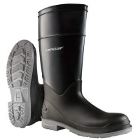 The PolyGoliath boot features a one-piece construction, resulting in 100% waterproof protection.