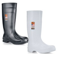 Guardian IV boots are available in white or black.
