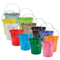 Vikan Flat-Sided Pails are available in 1.5- or 3-Gallon Capacity.