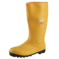 Safety yellow PVC/Nitrile boot stands out visibily.