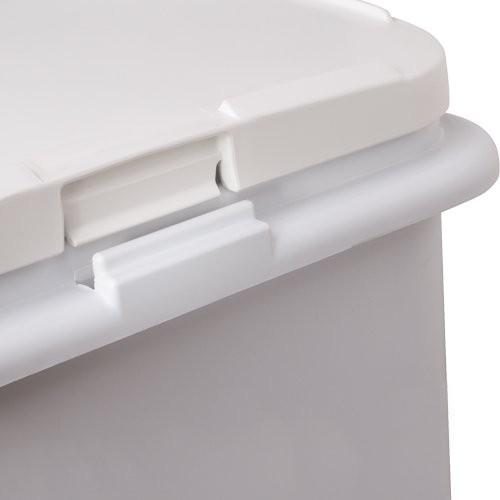 Snap fit lid secures to base to make handling easier.