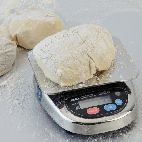 Washdown safe scale is ideal for bakery environments.
