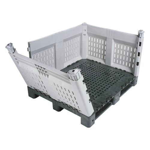 All KitBin walls can be completely detached from the pallet, providing easy access for loading and unloading.