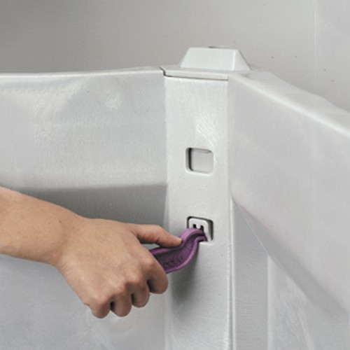 Posi-Lock post securely lock sides together for a sturdy container even during transport.