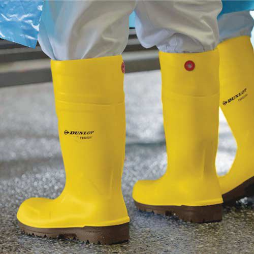 Thermal insulation keeps feet warm in cold conditions and comfortable in hot conditions.